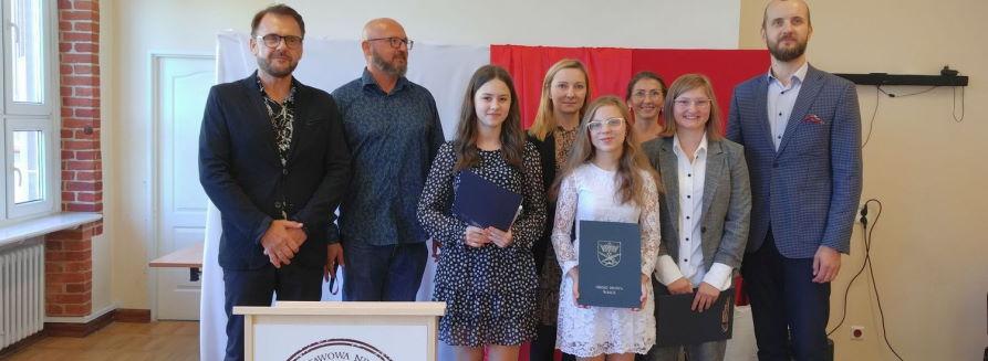 Najlepsi uczniowie Szkoły Podstawowej nr 2 w Wałczu