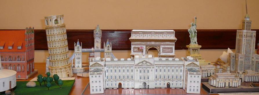 Kartonowe modele budowli