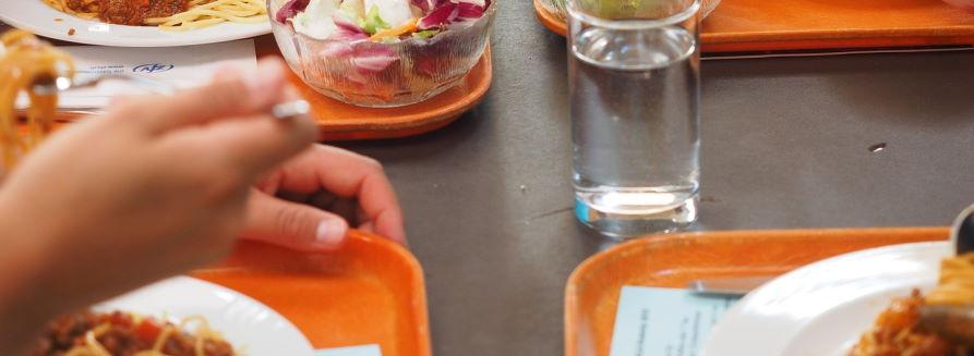 Obiad na stołówce
